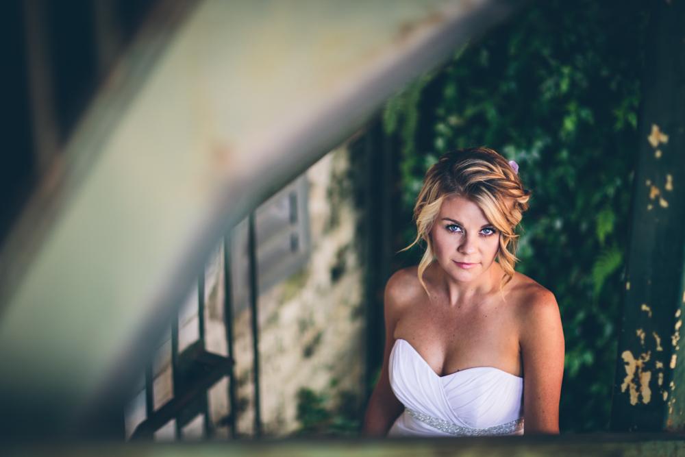 Lindsey Buckles Bridals Web0007.jpg