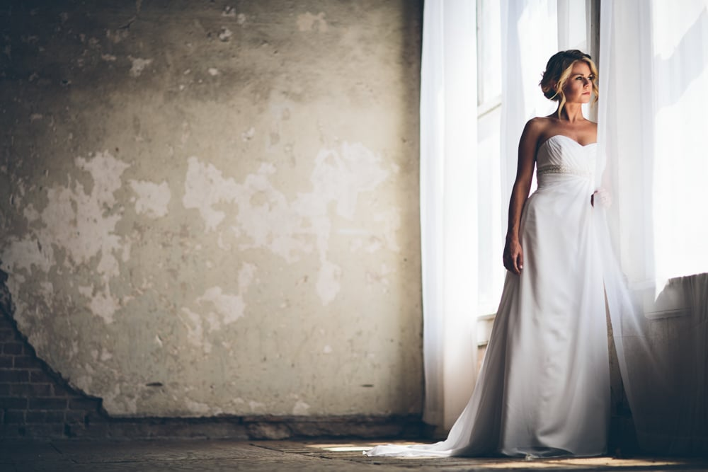 Lindsey Buckles Bridals Web0009.jpg