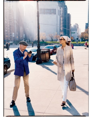 Bill Cunningham photographing street fashion