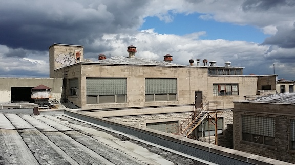 109 Glendale roofline.jpg