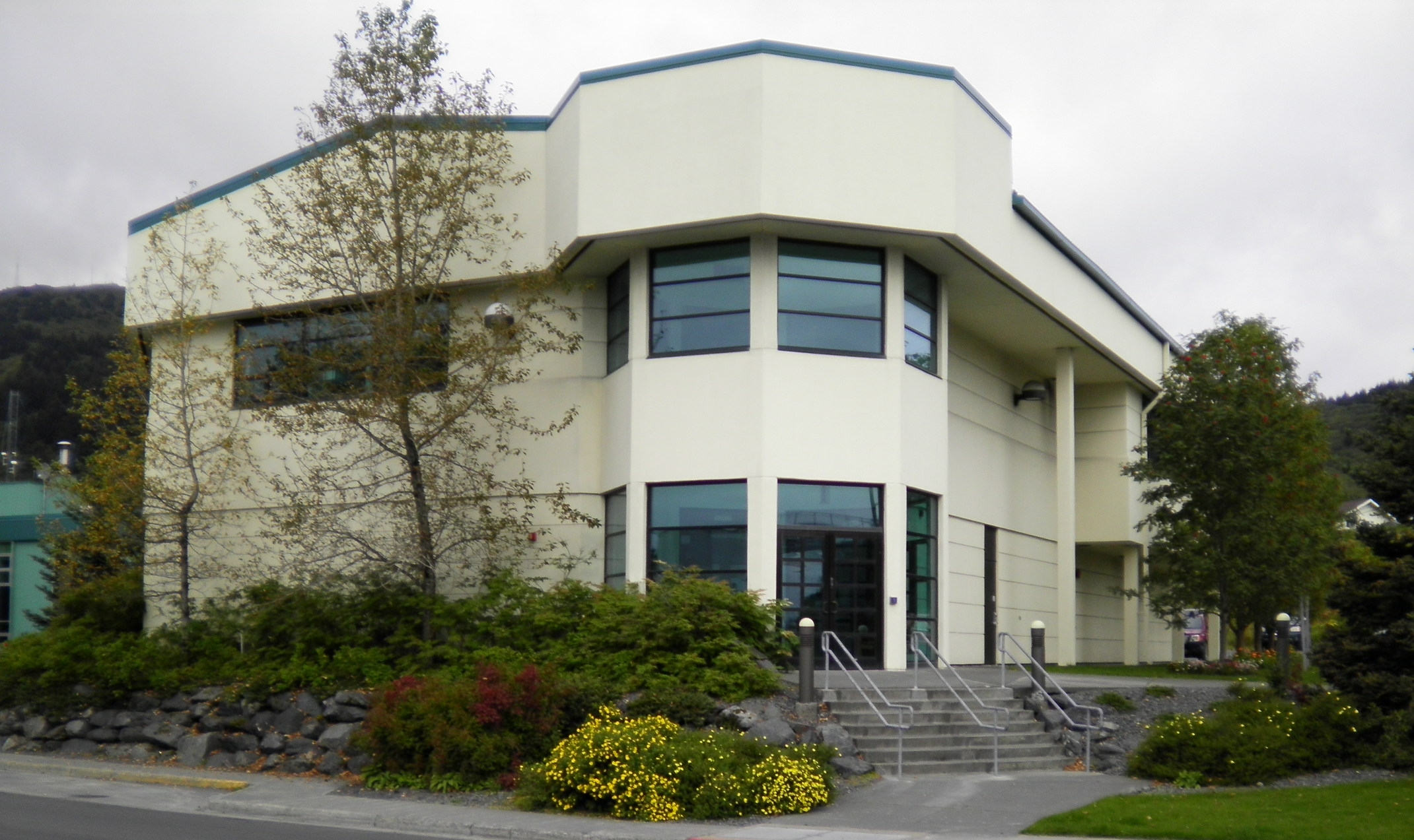 alutiiq center.JPG