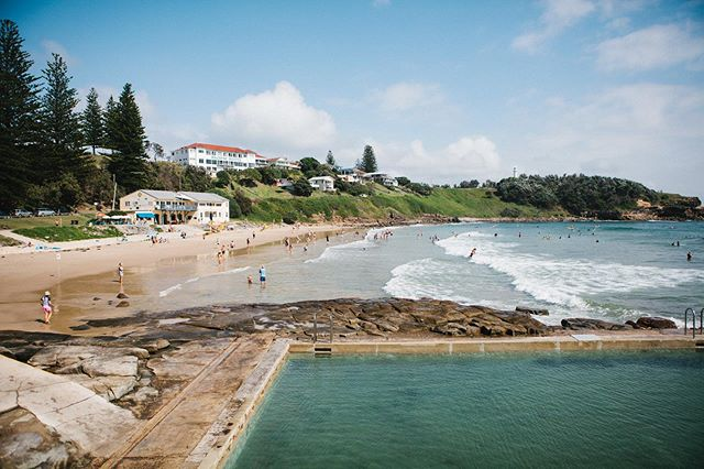 Waking up to this in the coastal hamlet of Yamba in northern NSW - a beach, an ocean pool and a kiosk on the water's edge. Sunday morning sorted. 🌊 🏊🏼♀️ ☕️ #placesweswimNSW