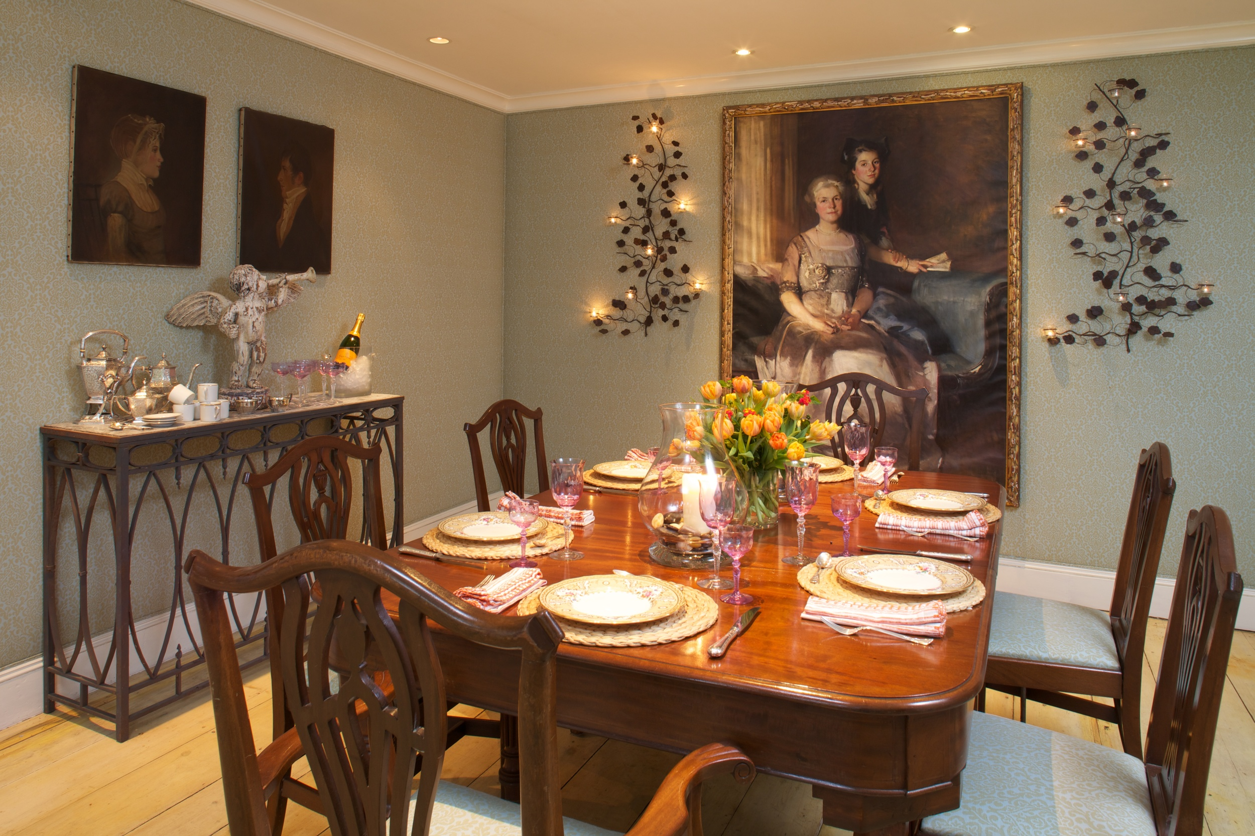 Claire's dining room.jpg