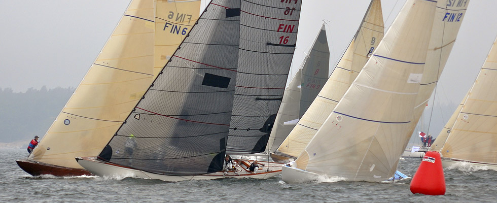 A classic 8-Meter with Tape-Drive carbon Technora sails.