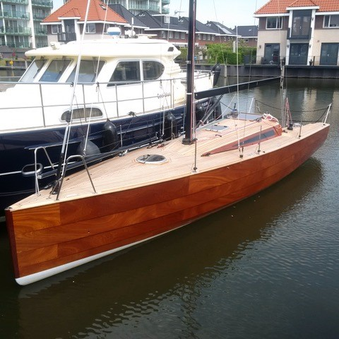 Waarschip+1012+Cigar+Box+Wood+Epoxy+dock.jpg