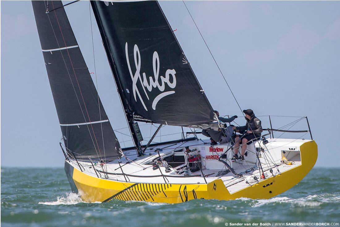 Hubo Upwind astern to leeward.jpg