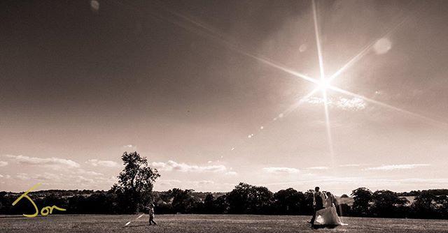 Summer Family Portrait in beautiful Derbyshire. #derbyshireweddingphotographer #weddinglandscape #shottlehall #lovebw