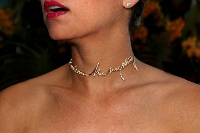 EMBRACE_THE_MYSTERY_Necklace_Diamonds_1_RESIZED.jpg
