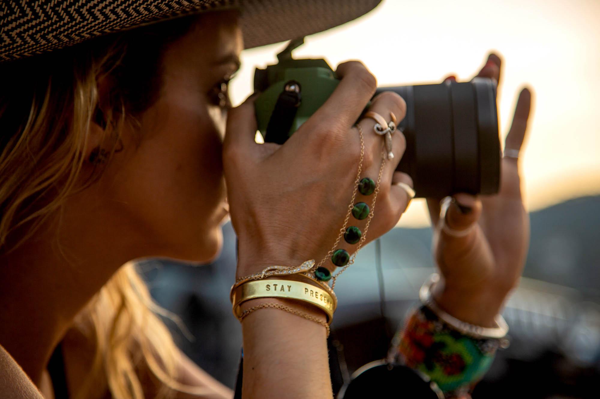 Olivia Steele Stay Present Womens Bracelet Cuff