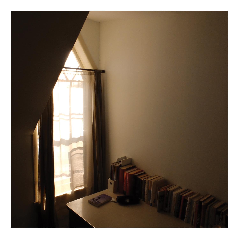 books_desk.jpg