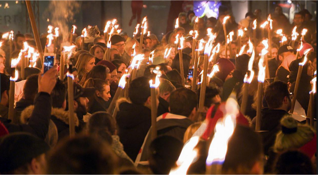 This Saturday, December 16, at 3–5 pm,   the children will lead as we march from Israels Plads down Fiolstræde and Strøget to Rådhuspladsen. Join the Torchlight Procession for Asylum-seeking Children's Future!