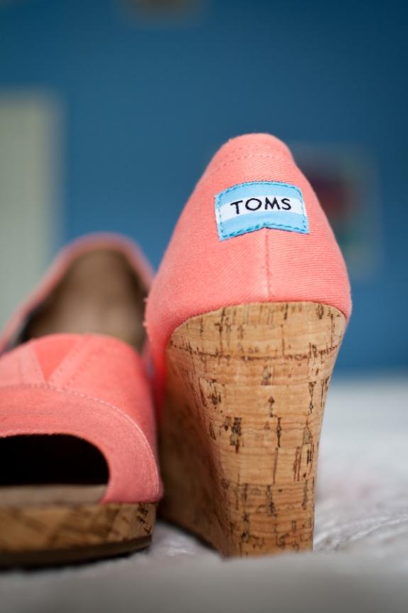 charleston-wedding-toms-shoes
