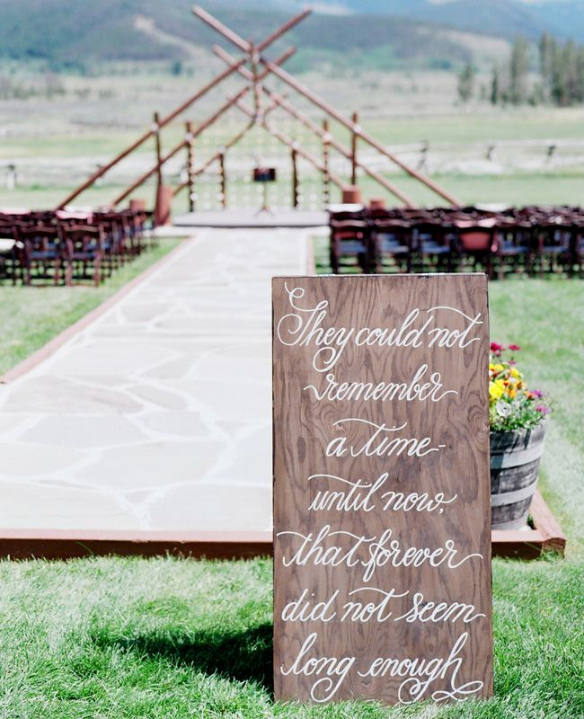 Image by Laura Murray Photography via The Knot