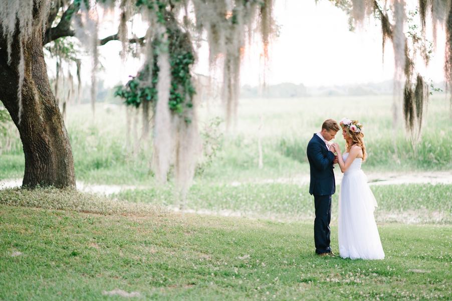 Litchfield Plantation wedding by Pasha Belman Photography