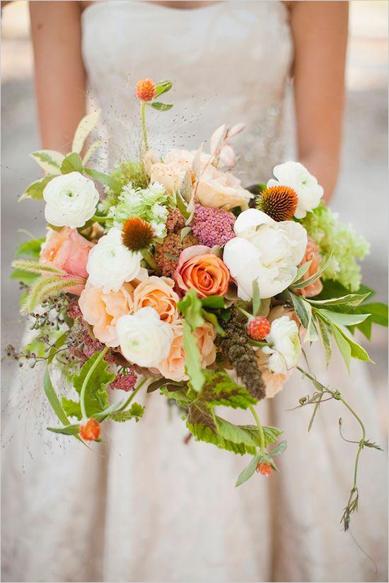 Image via Leslie Hollingsworth via Wedding Chicks