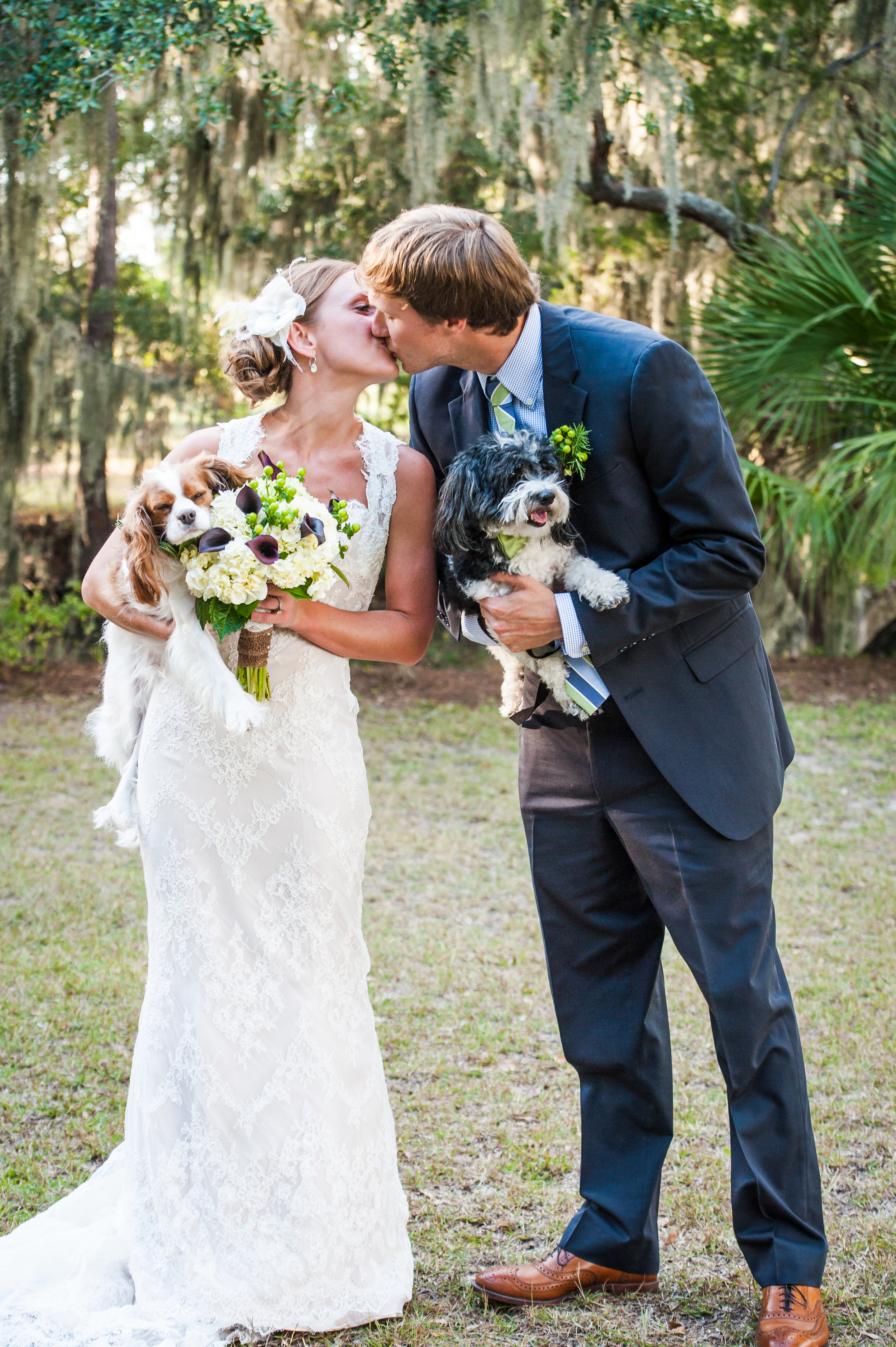 Edisto Wedding with Dogs at Brookland Pointe