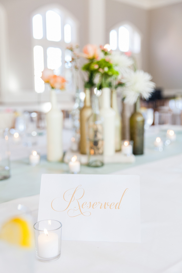 White and peach Savannah Wedding Decor