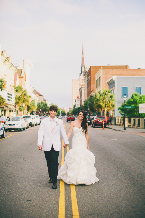 Downtown Charleston wedding by Hyer Images