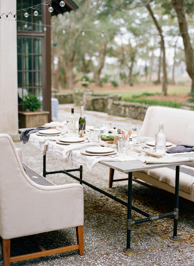 Lowcountry wedding styling at RiverOaks by Faith Teasley Photography