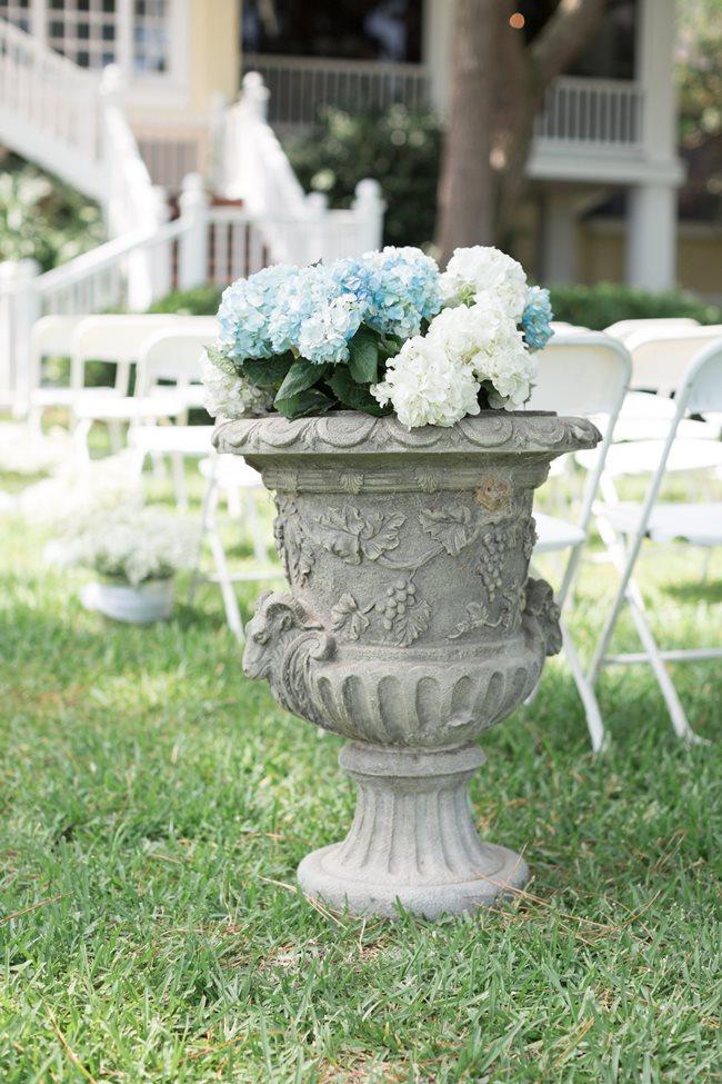 Blue Hydrangea centerpiece at Plantation Landing wedding