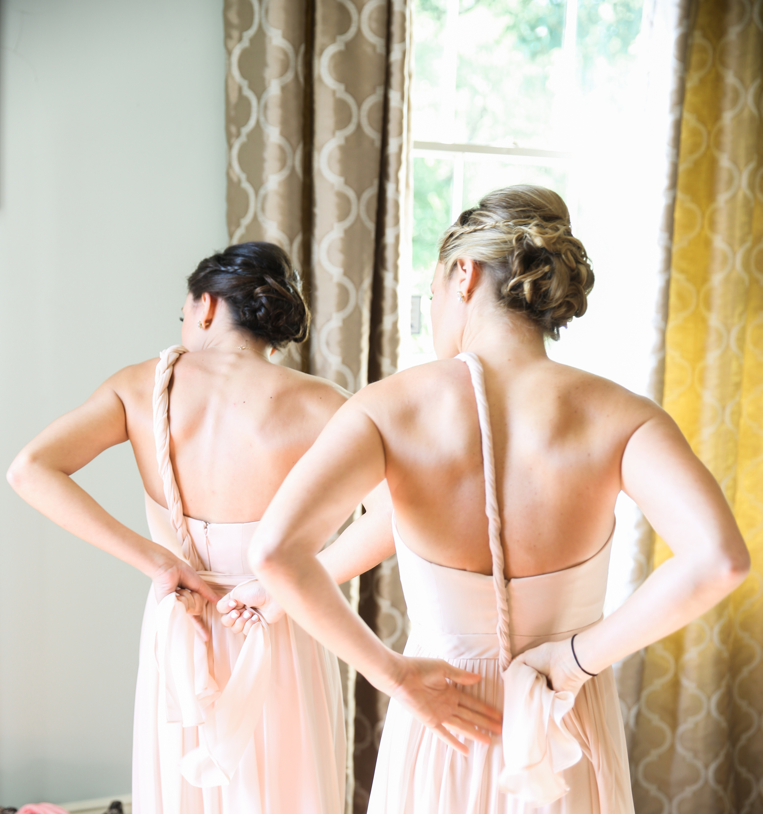 Bridesmaids before Lace House wedding ceremony