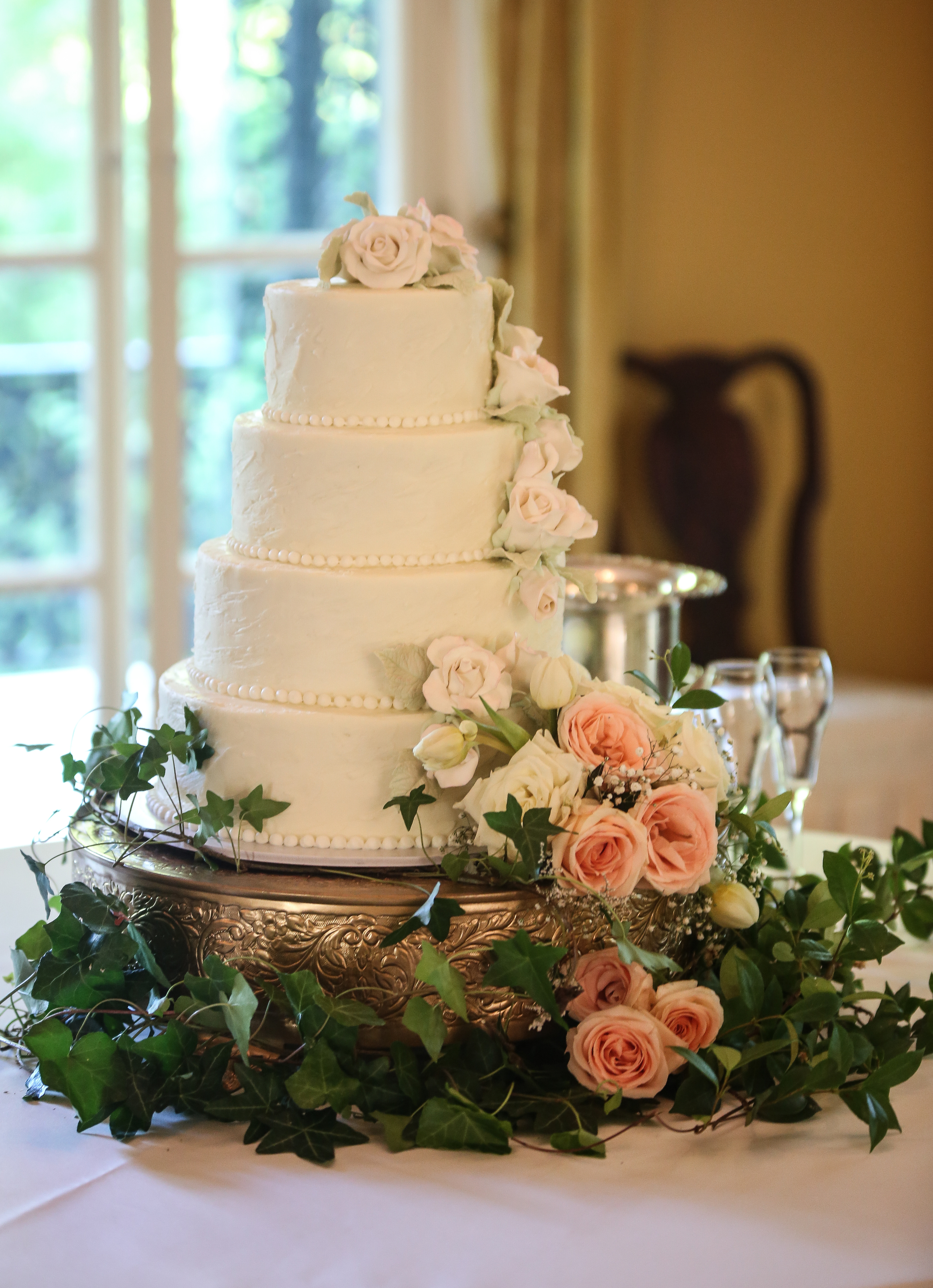South Carolina Wedding cake in Columbia by Jolie Connor Photography