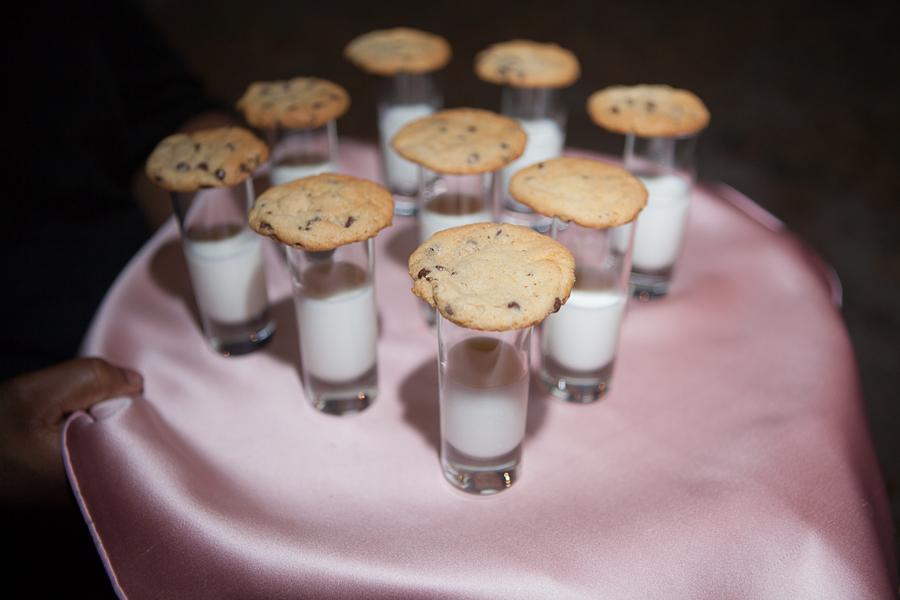 Charleston wedding late night snack - cookies and milk