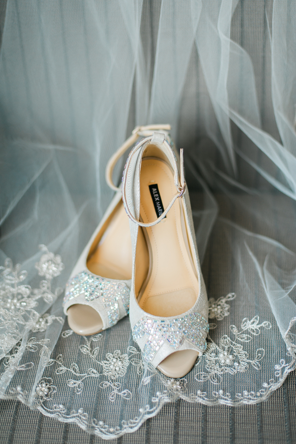 Charleston wedding shoes at Creek Club at I'On by Alyona Photography