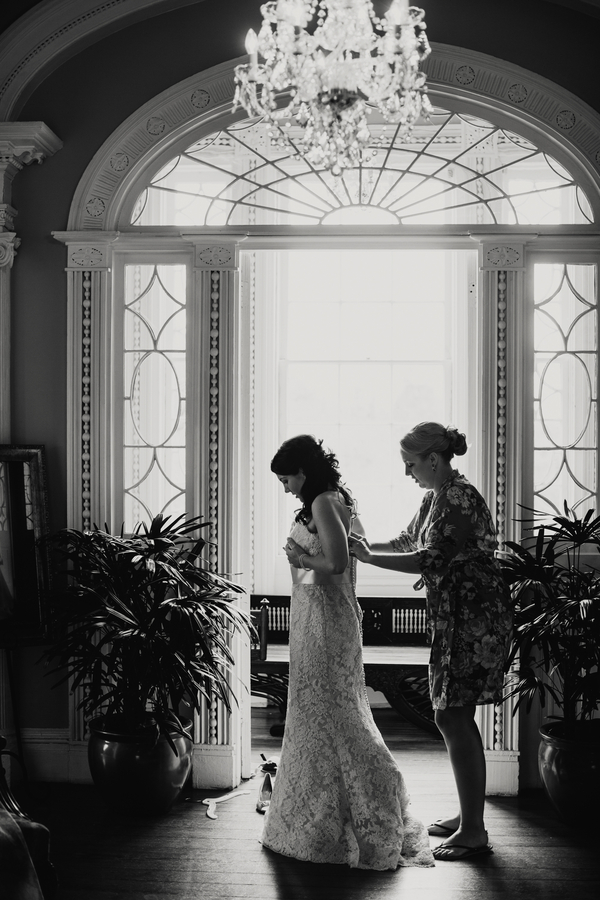 Governor Thomas Bennett House wedding by Hyer Images