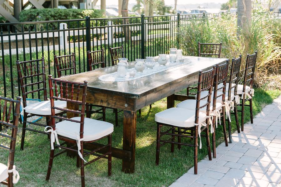 Outdoor Summer wedding reception in Myrtle Beach, SC by Callas Florist