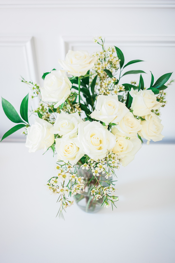 White rose centerpiece at Charleston wedding at Cooper River Room