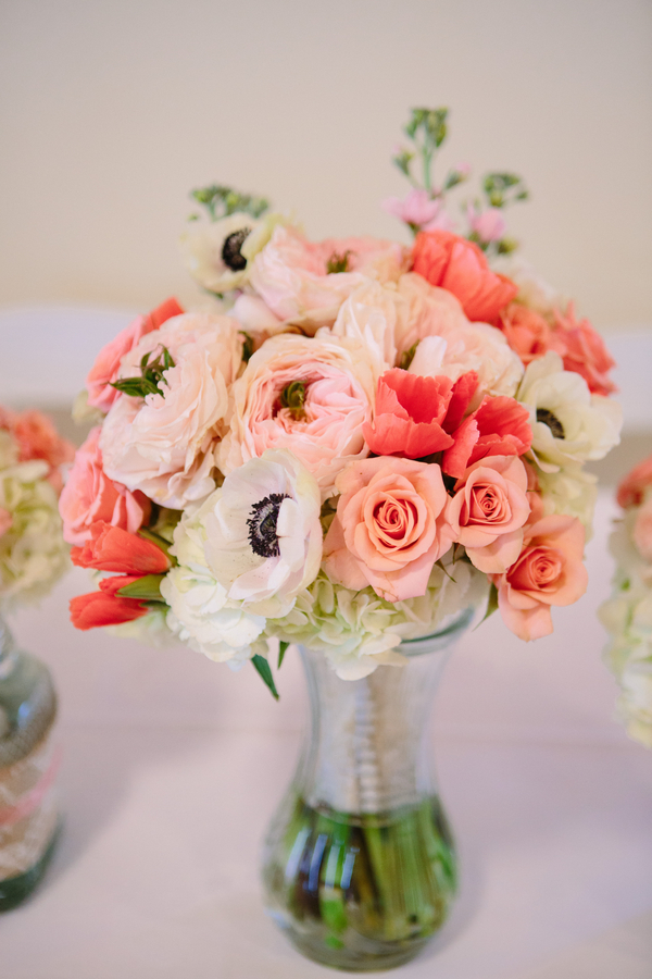 Pale pink and coral bouquet at Charleston Yacht Club wedding by Stacy Howell Photography