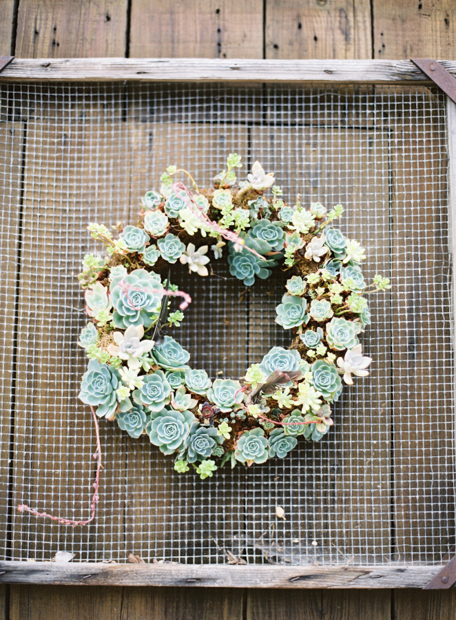 Wreath via Style Me Pretty by  The Great Romance