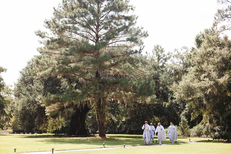 magnolia-plantation-wedding-12(1).jpg