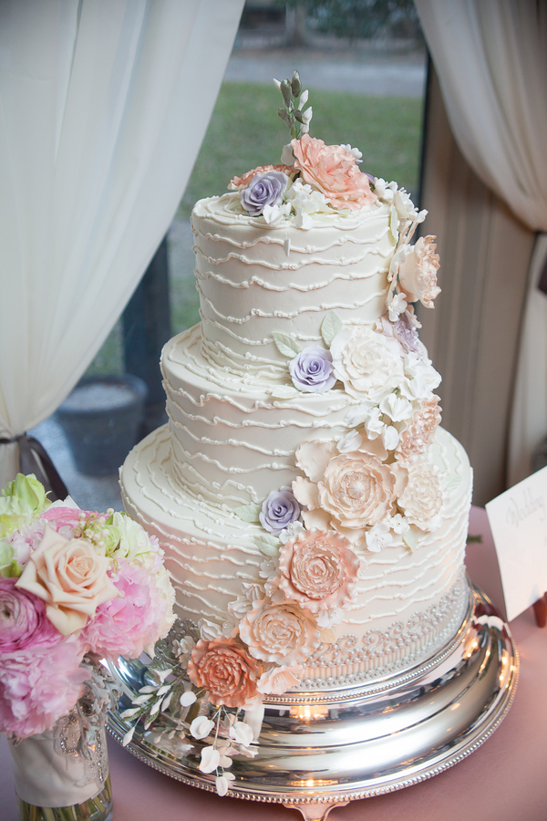 Romantic cake from Jim Smeal at Middleton Place wedding in Charlesotn, SC