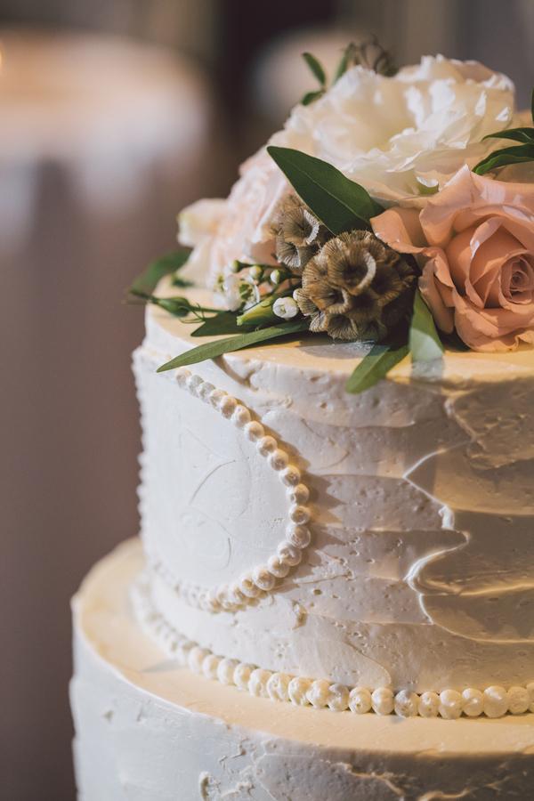 Jennifer + Zach's Savannah wedding cake at The Olde Pink House by Krista Turner Photography