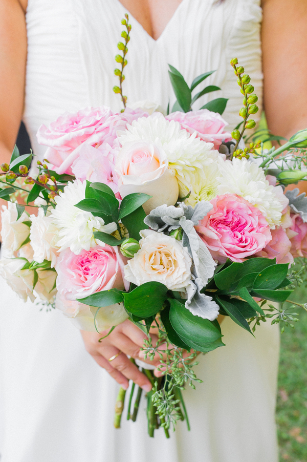 Pink Charleston wedding at Runneymede Plantation by Priscilla Thomas Photograp