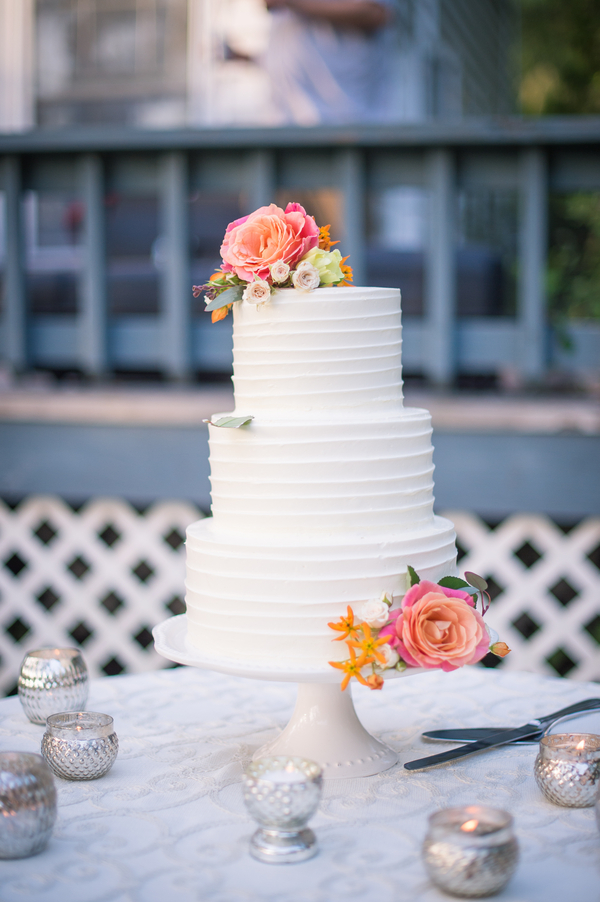 Wadmalaw Island wedding cake by Wildflour Pastry