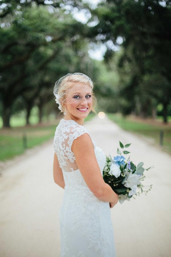 Boone Hall Plantation Bridal Portraits in Charlesotn, SC by Anne Rhett Photography