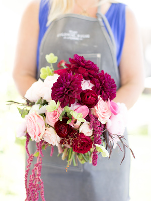 DIY Easy Bouquet Delivery by Colonial House of Flowers