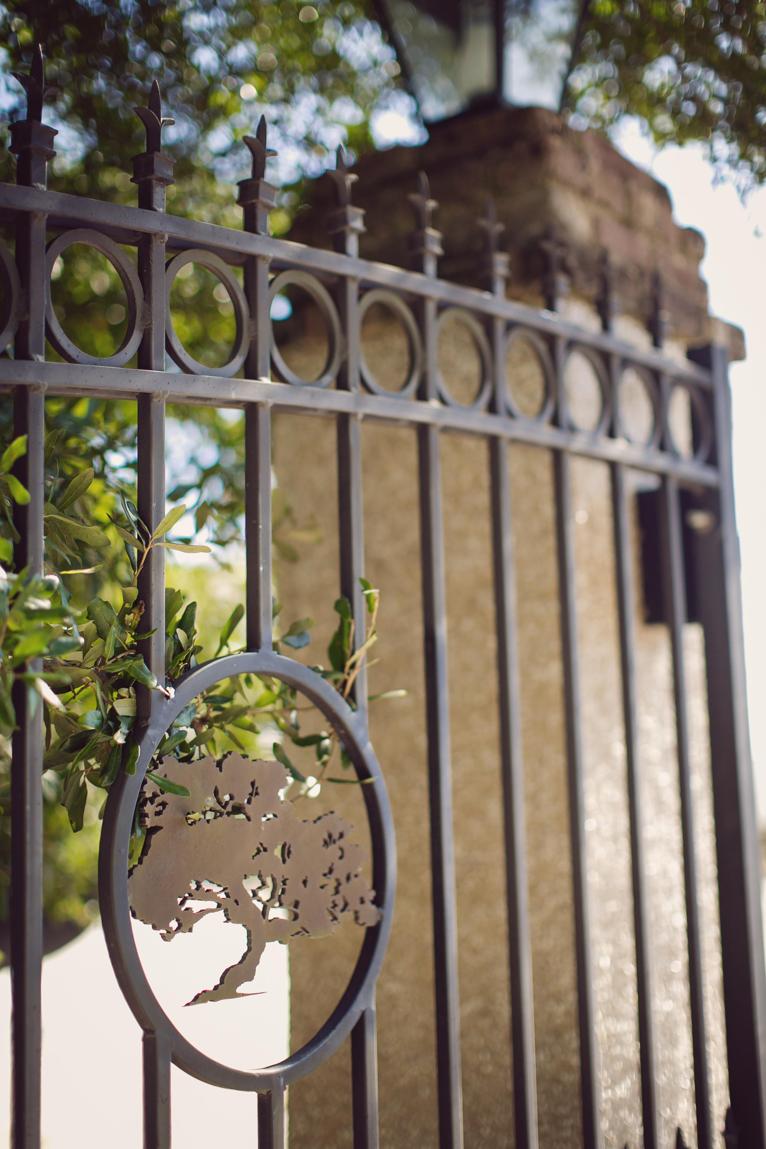 Hannah + Andy's Charleston wedding at The Island House by Rebecca Keeling