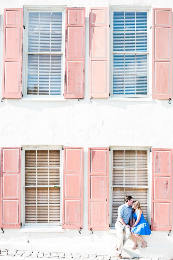 Historic Downtown Charleston, SC wedding engagement session