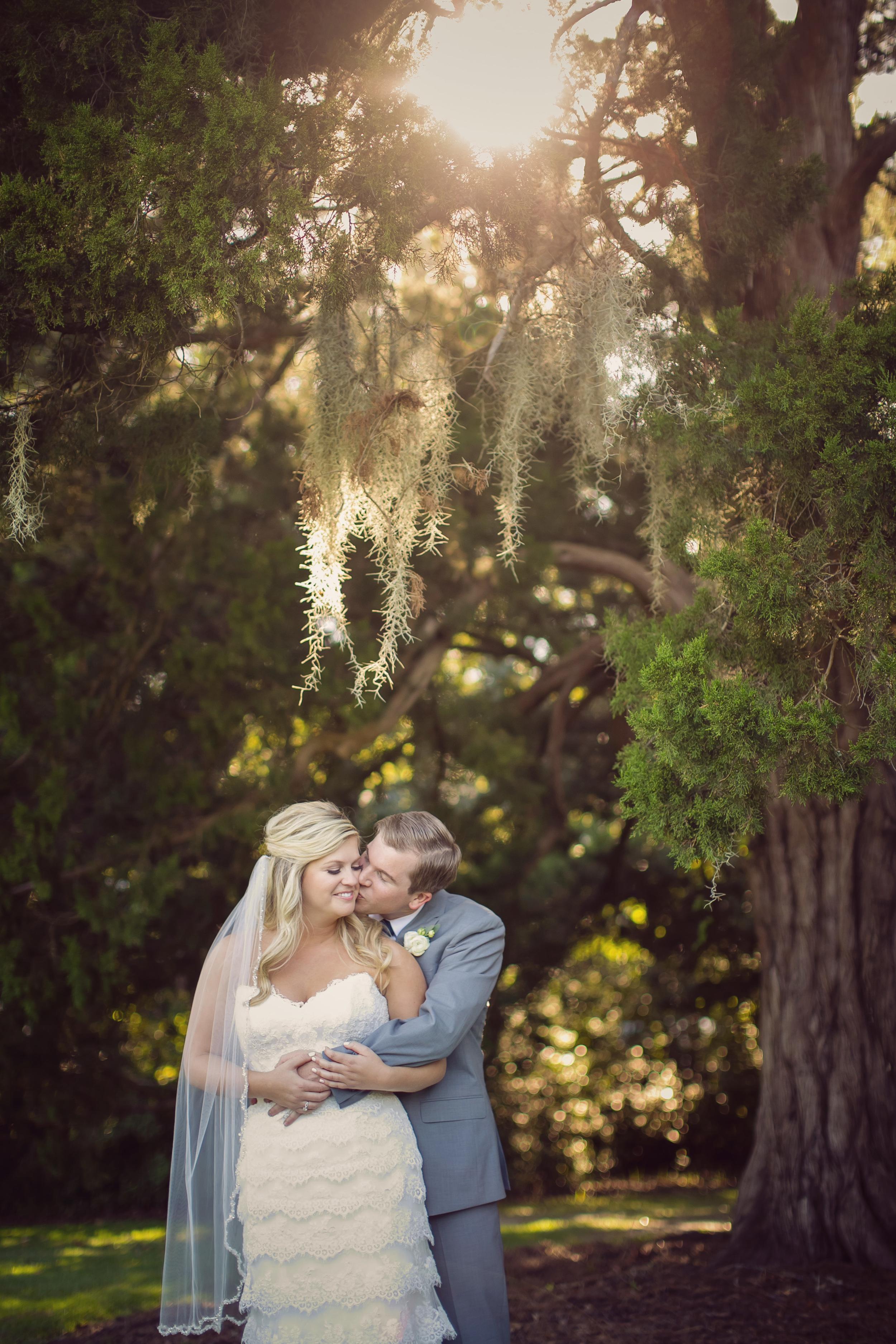 Hannah + Andy's Charleston wedding at The Island House