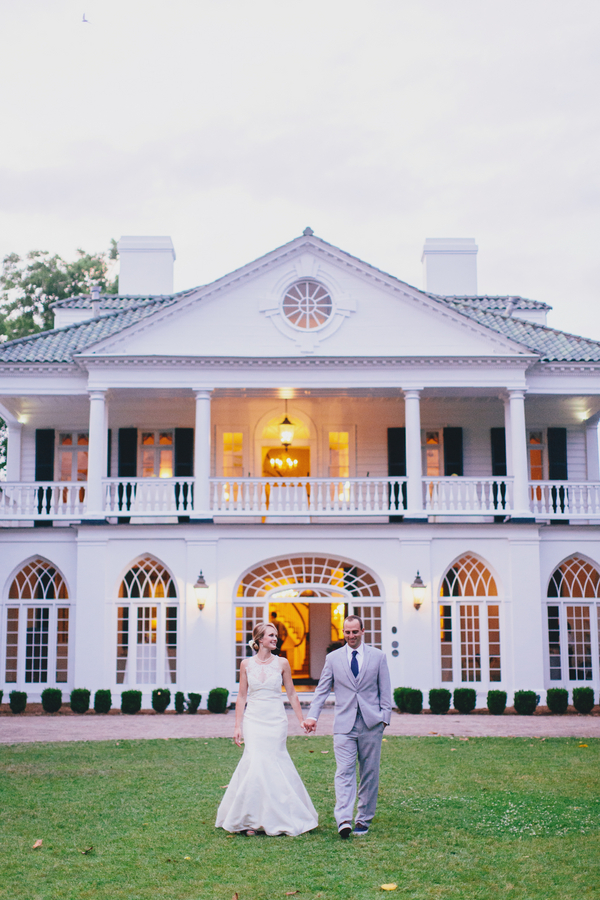 Preppy Lowndes Grove Plantation wedding by Hyer Images on A Lowcountry Weddings