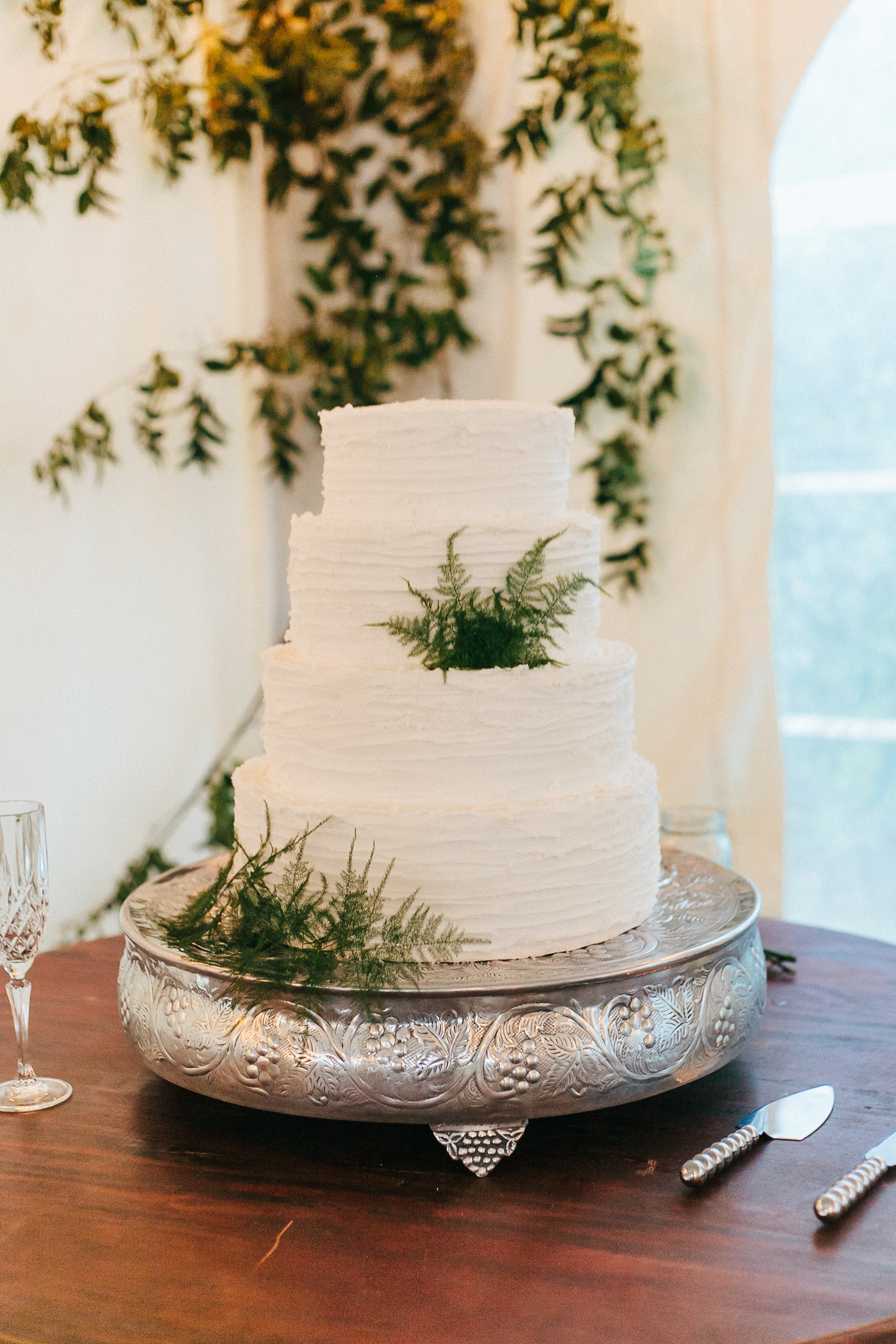 White woodland-inspired caked for Rustic Winter Georgia wedidng