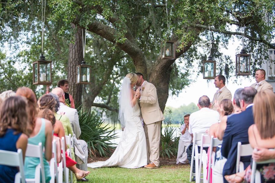 CHARLESTON WEDDINGS - Erin + Wesley's Summer wedding at Creek Club at I'On by Molly Joseph Photography