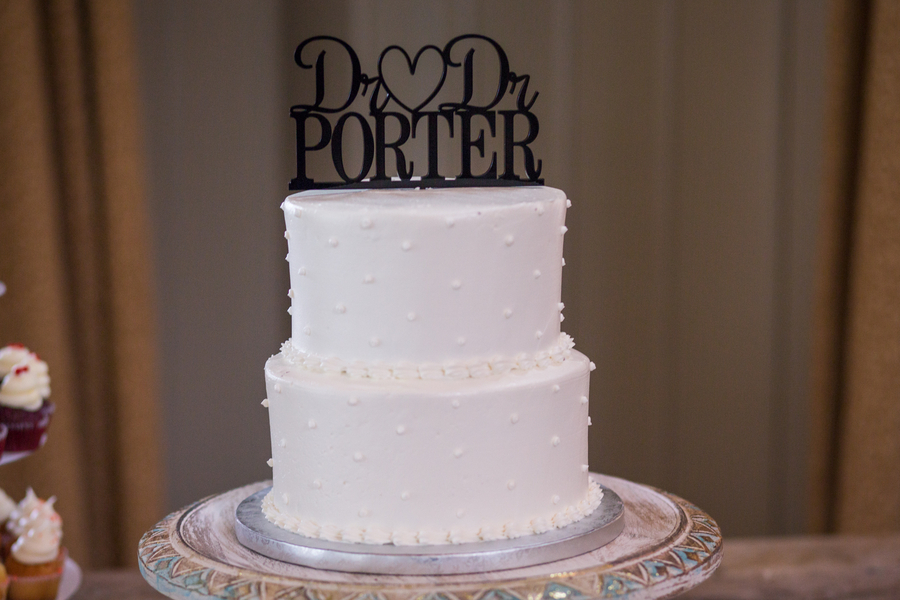 CHARLESTON WEDDINGS - Dessert station and cake by Cupcake Down South