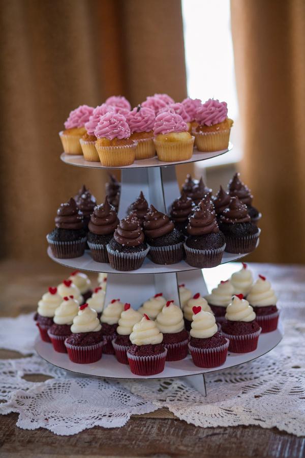 CHARLESTON WEDDINGS - Dessert station by Cupcake Down South