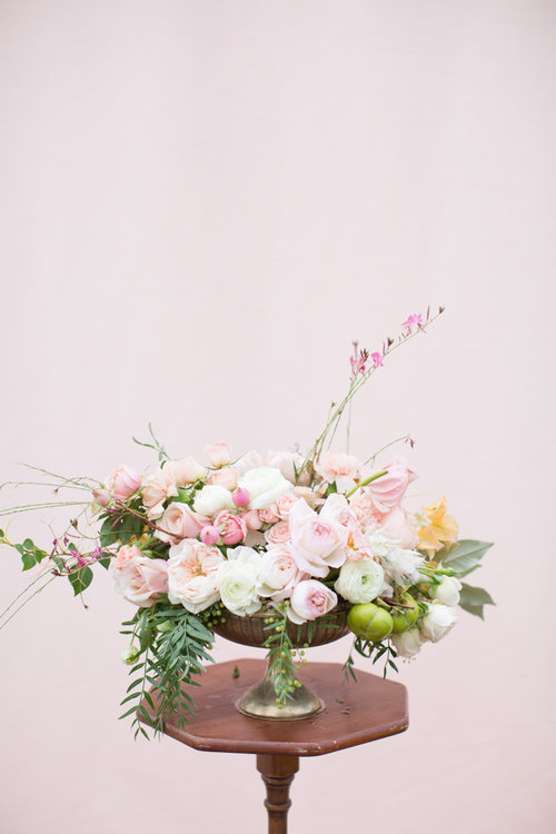 Savannah wedding centerpiece by Colonial House of Flowers