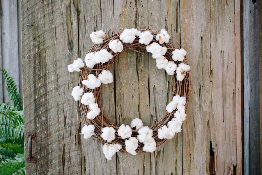 Cotton wreath wedding decor by Duvall Events